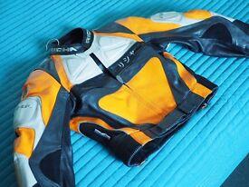 Richa woman leather jacket - perfect condition - size uk 10 / eu 38