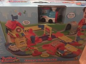 Brand new unopened boxed toot toot drivers chug and go train set