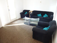 Two bedroom first floor flat Available in Goodmayes