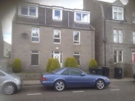 3 Bedrom Flat situated close to Aberdeen Beach leisure, Aberdeen university and shops.