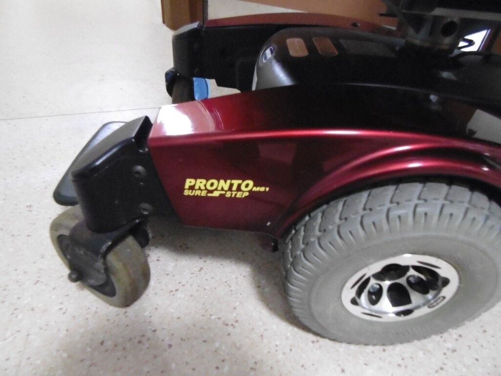 mobility powerchair 350 pounds only invacare prono m61 doing a lot more on ebay have a look