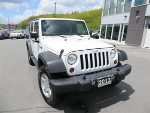 2013 Jeep WRANGLER UNLIMITED Sport *4X4 *Manual