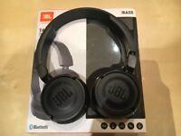 Wireless + Bluetooth Headphones JBL T450BT
