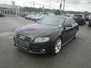2011 Audi A5 Leather/Cloth | Sunroof | NAV | Backup Camera