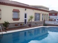 3 BEDROOM VILLA WITH PRIVATE POOL FOR SALE IN CHICLANA DE LA FRONTERA, SPAIN
