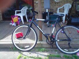 2x mountain bikes.