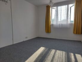 Double room in a spacious bungalow
