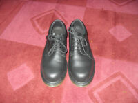 Dr Martens shoes with protective toe caps. Safety Shoes Size 8