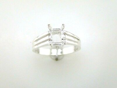 8 x 6 mm Emerald Cut Tri-Ribbed Ring Setting Sterling -