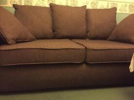 2 Seater Settee - Excellent Condition.