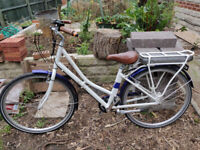2018 Pendleton Somersby Electric Bike (Medium). Excellent Condition (very little use). £650ono