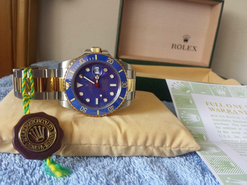 Rolex Submariner 116613 Two Tone Blue Dial Mens Watch | in Victoria, London