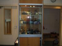 retail shop glass display unit