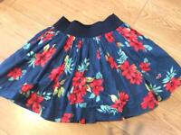 Ladies Hollister skirt size small