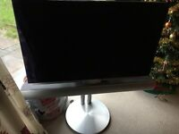 Bang & Olufsen B&O MK1 40' LCD TV with Beolab 7.2 and Motorised Stand
