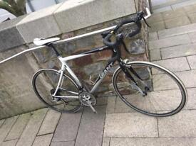 GIANT SCR 4 Road Bike (Great Condition)