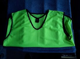 New Precision training bibs 5 med/lar and 5 xl