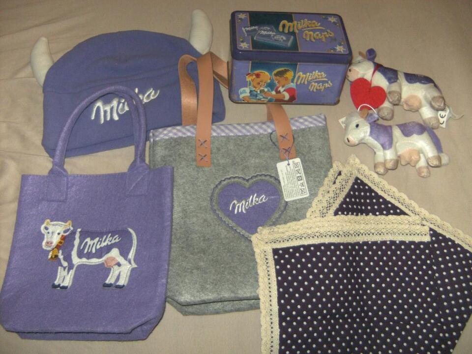 Milka Werbung Tasche Kuh Mütze Becher Dose Decken lila Deko