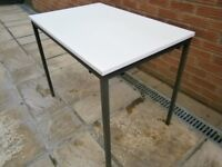 TABLE - PERFECT FOR DINING / CRAFTING ETC,