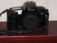 Cannon EOS 1000 with case