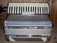 Bellini, 4 Voice, Musette Tuned, 120 Bass, Piano Accordion.
