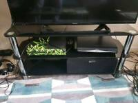 50 inch TV stand ! GOOD CONDITION