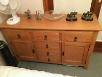 Solid oak unit in mint condition