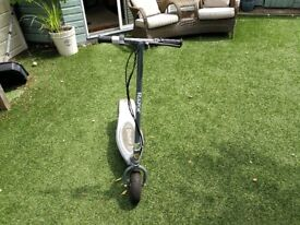 Razor E300 Electric Scooter - Like NEW