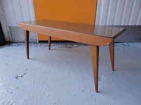 VINTAGE / RETRO 70s BENCHAIRS OF SOMERSET RECTANGULAR BEECH FORMICA COFFEE TABLE