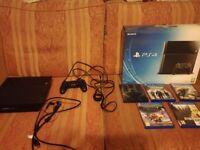 PS4 500gb + 5 games: destiny, call of duty, inc. box