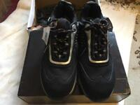 Metal safty trainers footwear size 7 brand new £20