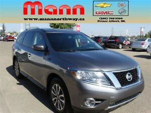 2015 Nissan Pathfinder SV | 4WD, Alloys, Rear park assist, Remot
