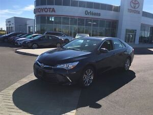2015 Toyota Camry XLE/ LEATHER ,NAVIGATION PACKAGE