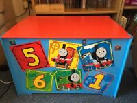 Thomas the Tank Engine Toy box in vgc