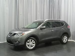 2014 Nissan Rogue SV Back Up Cam , Alloys , Sunroof