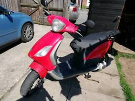 Piaggio fly 125cc scooter I CAN DELIVER
