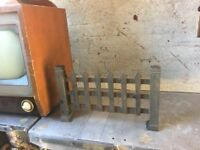 Vintage Stand Alone Cast Iron Fire Grate / W-R