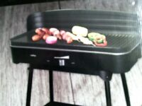 CROFTON PROFESSIONAL ELECTRIC TABLE GRILL UNUSED