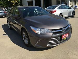2015 Toyota Camry LE/ CLEAROUT!/PRICED FOR AN IMMEDIATE SALE !! Kitchener / Waterloo Kitchener Area image 11