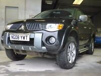 "Mitsubishi Warrior Double Cab ""08"" Plate"