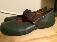 Hotter Ladies Shoes - size 8 - never worn.