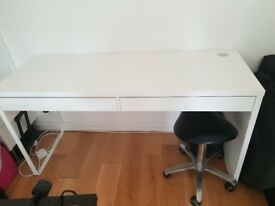 Ikea Micke white desk, 2 drawers, feww marks to top but doesnt effect use.