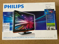 Philips 3000 Series 19inch LCD TV with Digital freeview Tuner,