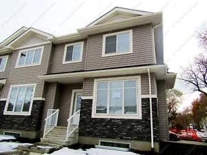 LUXURIOUS BRAND NEW TOWNHOUSE IN CENTRAL EDM LOCATION