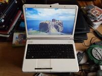 Perfect working order Packard bell easynote tj66 windows 7 300g hard drive 4g memo