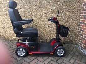 Mobility scooter Colt plus luxury mid size new condition +2 brand new 12v33ah heavy duty Batteries