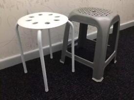 2 new plastic stools