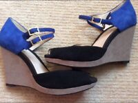 Clarks platform shoes size 5 and a half