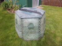 Large Garden composter - 800L, excellent condition