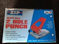 Hole puncher